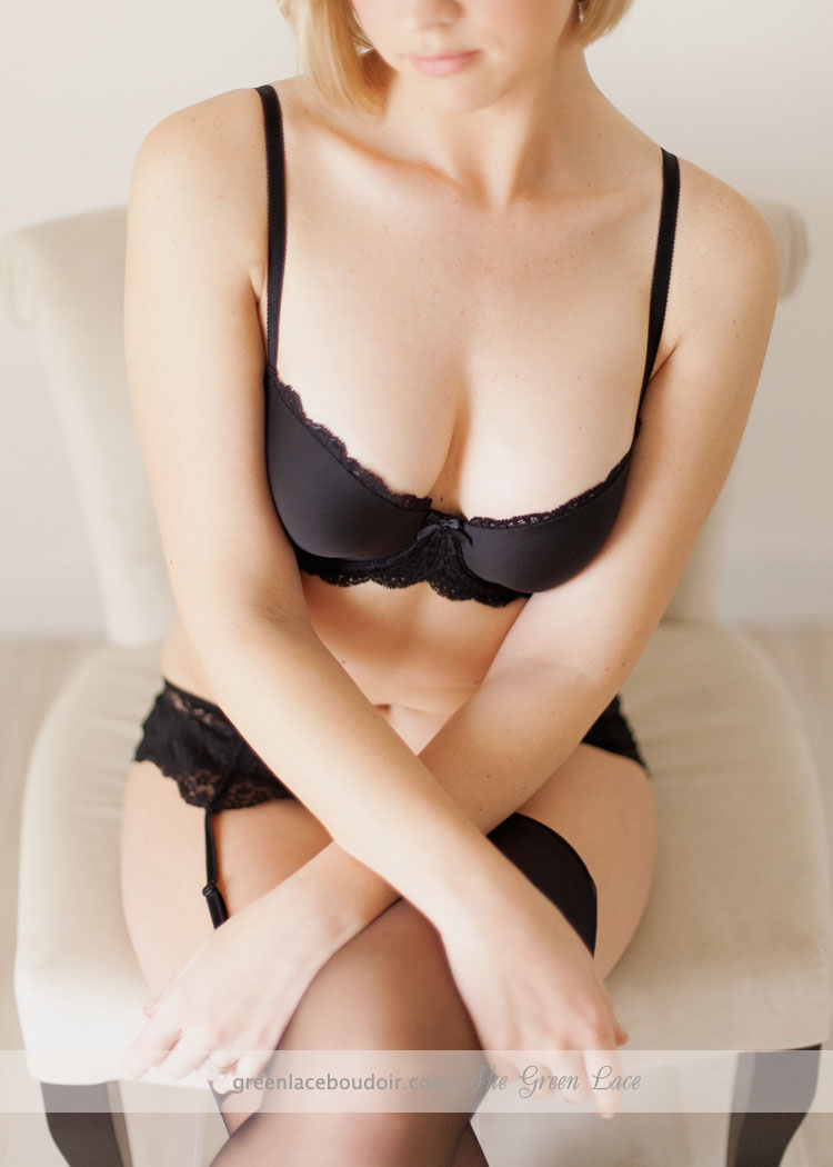 black lingerie boudoir photos